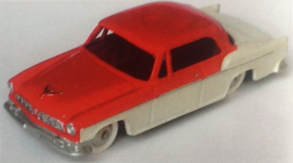 CLUB DINKY FRANCE MODEL No. CDF71 CHRYSLER SAINT REGIS